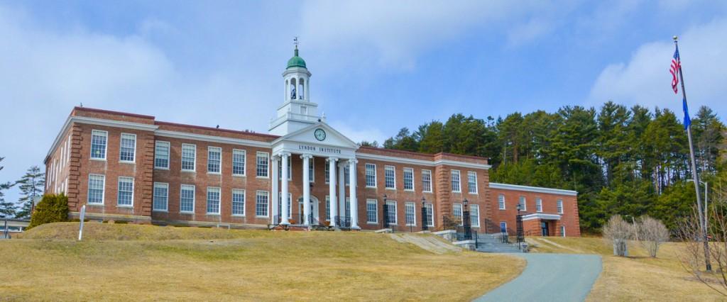 Học bổng hấp dẫn trị giá $15,000 đến từ trường Lyndon Institute- Bang Vermont, Mỹ.